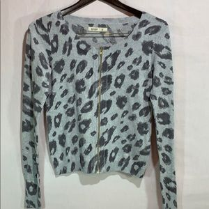 Old Navy Leopard Print ZIP UP Sweater XS